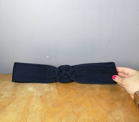 Navy blue woven belt / 80s blue belt / minimalist vintage / womens quirky belt / navy blue woven belts