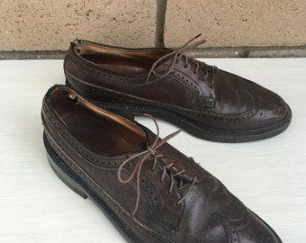 Vintage Men's Brown Leather Wingtips by Florsheim Imperial w/Cat's Paw Heels Size 8C FREE SHIPPING