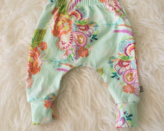 3-6 month floral on mint harem pants by little lapsi. ready to ship. Art gallery knit