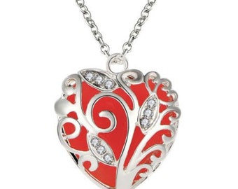 Statement glow in the dark heart pendant Necklace- 4 Colors