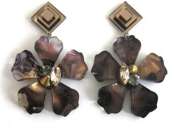 FLOS ASTRA Noctem Statement Earrings - Flower earrings, modern earrings, floral earrings, tortoise shell, marble earrings, jewel earrings