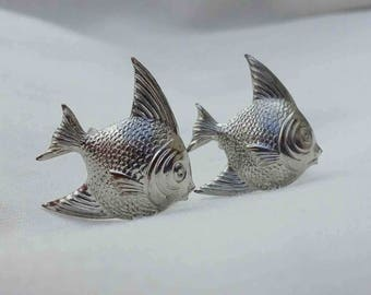 Vintage Fifties Small Screw-Back Silver Tone Gold Fish Earrings / Mid Century Sea Life Whimsical Fish Jewelry