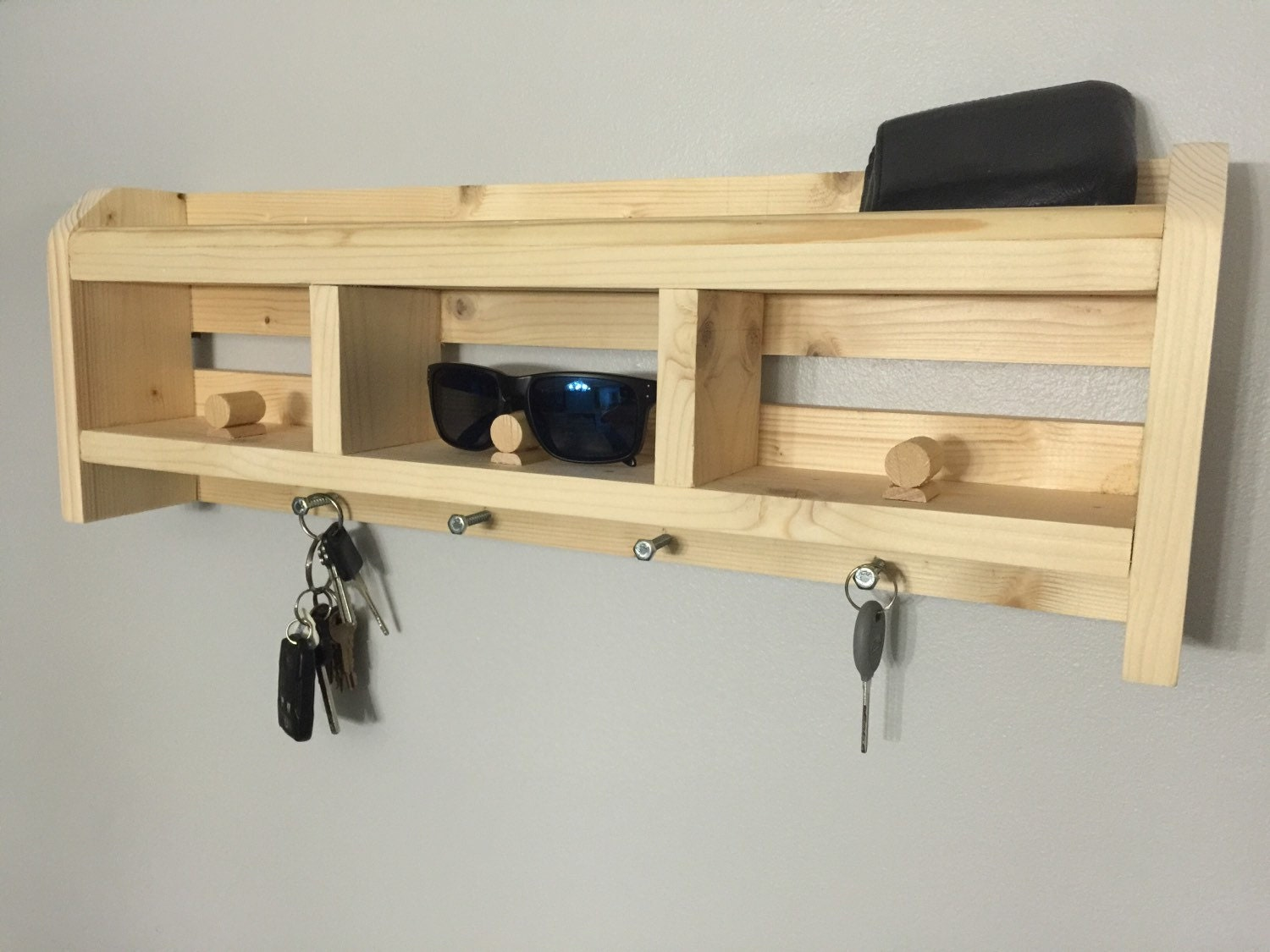 Wood Sunglass Holder for wall A great gift for a new home