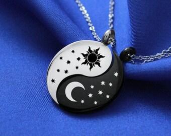 Sun & Moon Dothraki Couple Necklace, Personalized Necklace, Shekh ma Shieraki Anni Jalan Atthirari Anni Necklace, Moon of my Life, Yin Yang