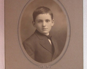 "1900 Cabinet Card of You Boy who Resembles""Elliot"" from 1971 Movie ET"