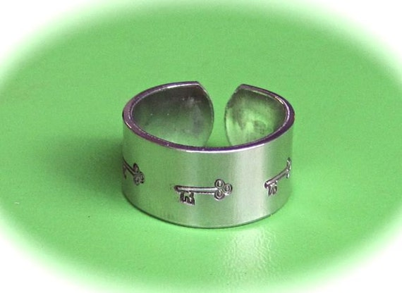 100 YOU CHOOSE 14 Gauge Polished Heavy Weight Food Safe Aluminum Ring Blanks - 100 Ring Blanks - Your Choice - Made in USA