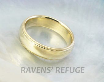 half round wedding ring / domed wedding band with milgrain in 18k yellow gold, comfort fit
