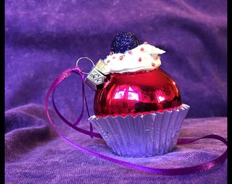 Mini Cupcake Ornament -Pink