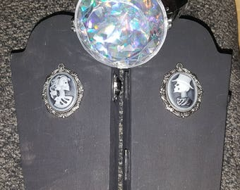 His or Hers cameo skeleton coffin ring/trinket box