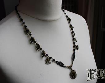 Gothic Spider Fantasy Necklace - Black