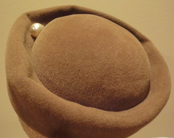 Vintage Amy of New York Pill Box Hat/Vintage Womens Hats/Pillbox Hats/Womens Formal Hats