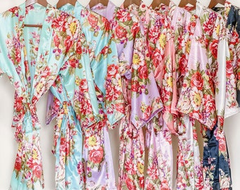 Soft satin floral bridesmaid robe (Custom Initials)