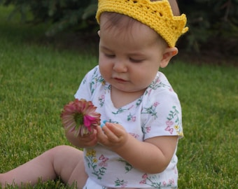 Princess Crown, Crocheted Crown, Custom Crown, Photo Prop, Baby Crown, Baby Gift, Gifts for Children, Costume, Baby Crochet, Yarn Crown