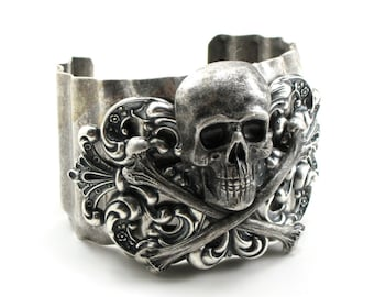 Inmate No. 9 - DAZZLING UNISEX STEAMPUNK PIRATE BIKER BRACELET with HUGE BLACKENED  SILVER SKULL and CROSSBONES STAMPING - ONLY FROM GhostLove