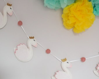 Swan Nursery Decor, Swan Garland, Swan Nursery, Swan Bunting, Swan Princess, Bird Garland, White & Gold Nursery, Whimsical Bedroom Decor