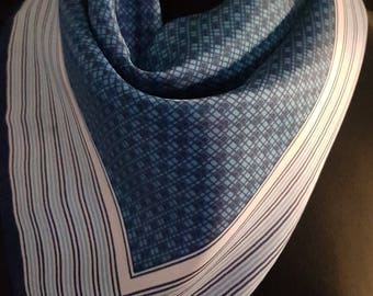 Vintage 1960's 60's / 1970's 70's blue and white graphic print scarf