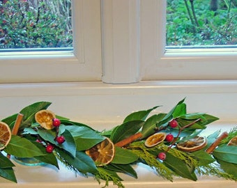Fresh leaf garland, red berry garland, Fresh Bay leaf garland, Natural decor with fir, dry oranges, cinnamon sticks, Christmas garland,