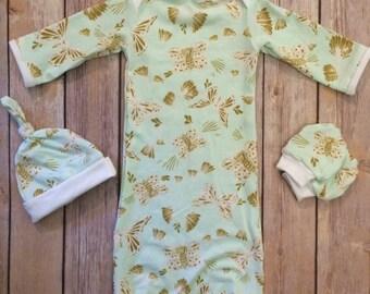 Baby gown, knot hat, and no scratch mittens, newborn set, girl baby, butterflies