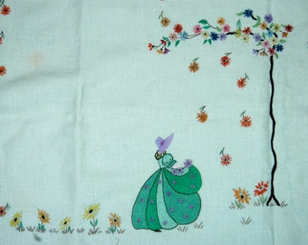 Vintage 1940s linen hand embroidered tablecloth - excellent condition