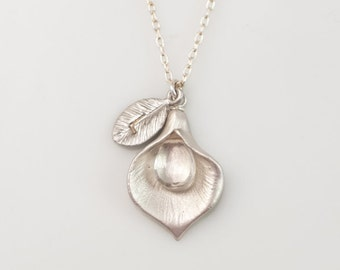 April Birthstone Necklace - Clear Quartz Personalized Necklace - Custom Initial Jewelry  - Personalized necklace - Calla Lilly Necklace