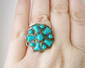 Vintage silver flower ring with turquoise blue accents- fully adjustable
