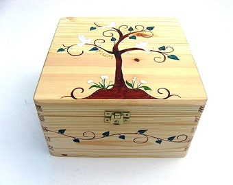 XXLarge Memorial box, Personalised sympathy gift, Wooden memorial keepsake box, Hand-painted memory box with tree and doves design