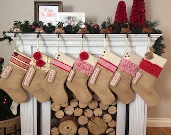Personnalisé de Noël: Rouge et blanc Collection rustique toile de jute Noël bas rustique personnalisé Noël décoration de Noël