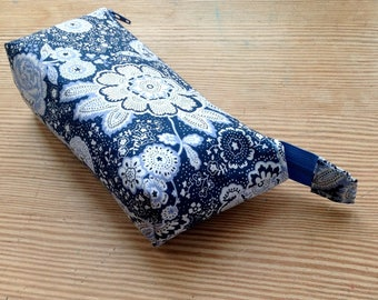 Essential oils case / essential oils bag / essential oils pouch / case for 10 oils / 5ml and 15ml oils storage, navy blue essential oils bag