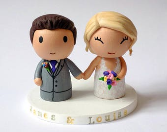 Custom Wedding Topper with Bouquet and Pets