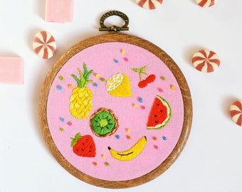 Embroidery hoop Art, Embroidery Art, Embroidery hoop, embroidered fruit, wall art, wall hanging, home decor, fruit, summer decor, pineapple