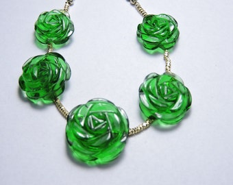 5 Pcs Very Attractive Emerald Green Quartz Hand Carved Rose Flower Beads Size 17X17 - 13X13 MM