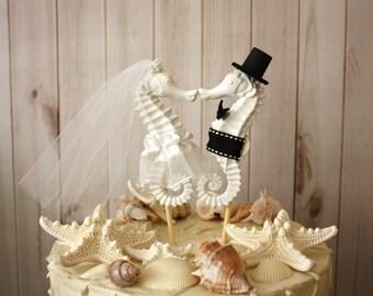 Seahorse Wedding Cake Topper-Kissing Seahorse Couple-Beach Themed Wedding Cake Topper