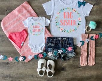 Big Sister Little Sister Outfit, Big Sister Shirt, Little Sister Shirt, Pregnancy Announcement, Custom Outfit, Newborn Gift, Photo Prop