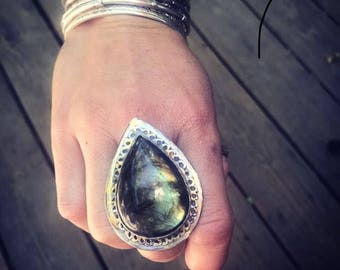 Labradorite ring