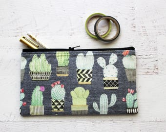 Potted cactus zip pouch - pencil bag - cactus pouch - plant lovers gift - birthday under 15 gift - zipper pouch - planner pouch - cactus