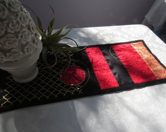red and black table runner