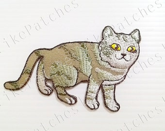 Cute Cat New Sew on / Iron On Patch Embroidered Applique Size 8.7cm.x5.8cm.