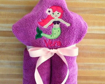 Mermaid Hooded Towel, Girls Towel, Beach Towel, Bath Towel, Embroidered, Monogrammed, Personalized, Pool Towel, Appliqued Towel, Mermaid