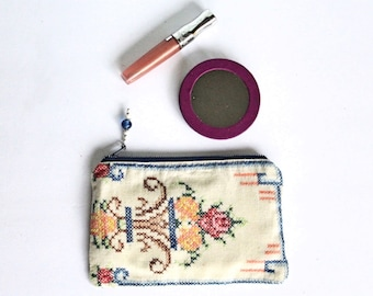 Jo Keepsake MakeUp Bag / Pink Green Vintage Embroidered Linen Cosmetic Pouch