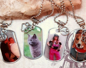 Photo Dog Tag Necklace, Custom Dog Tag with Charm Matching Gift Tin, Custom Personalized for Moms Dads Teenage Friends Couples Pet Lovers