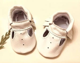 Baby Moccasins, ( Choose your COLOR), T- strap Moccasins,  T- Strap Mary Janes, Baby Gifts