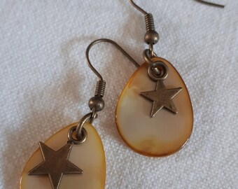 Sweet color - Pearl and brass - yellow orange star Earrings