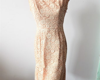 "Lovely 1950s Vintage Sleeveless Lace Dress 34"" bust; 24"" waist"