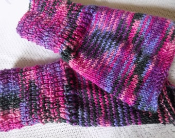 Pair of leggings, leg warmers kids knitted, multicoloured, size 3 to 5 years.