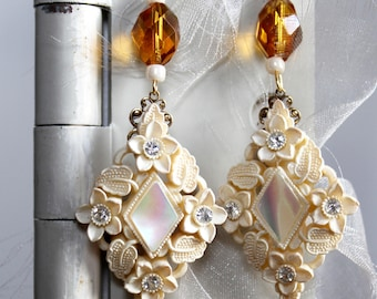 Rich creamy celluloid rhinestone assemblage earrings cream mother of pearl light topaz retro amber  statement vintage jewelry  luminescent