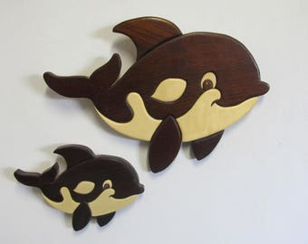 Intarsia momma and baby whale