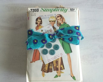 A Bundle of Vintage Sewing Patterns From the 1960s
