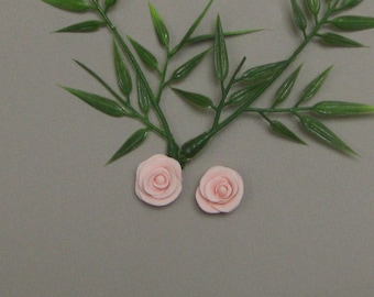 Set of 2 small buttercups cold porcelain