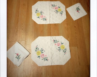 Set of 2 Cloth Hand Embroidered Placemats and Napkins