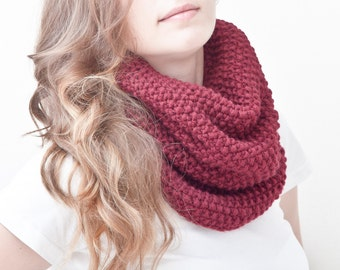 Red Chunky Scarf Collar Scarf Red Knit Scarf Girlfriend Gift Red Infinite Scarf Winter Accessories Mother Day Gift Multicolor Scarf